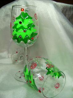 Fun Hand Painted Christmas Tree Glass Fun for the Party! Christmas Wine Glasses, Fun Wine Glasses, Decorated Wine Glasses, Hand Painted Wine Glasses, Painted Wine Bottles, Glitter Glasses, Christmas Bulbs, Christmas Crafts, Christmas Tree Painting
