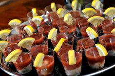 Oyster shooters = party in your mouth Diy Baby Gifts, Baby Gift Sets, Finger Food Appetizers, Finger Foods, Oyster Shooter, Low Country Boil, Yummy Recipes, Yummy Food, Oyster Recipes