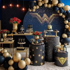 5 clever ideas to prepare the nursery. Wonder Woman Birthday, Wonder Woman Party, 40th Birthday Parties, Birthday Party Decorations, Party Centerpieces, Balloon Decorations, Baby Shower Decorations, Its My Bday, Gold Party