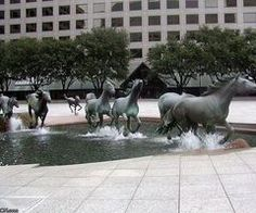 Horses running in the streets sculpture,