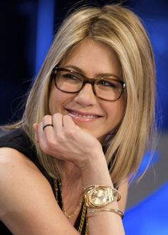 """Jennifer Aniston Tortoise Shell Glasses 