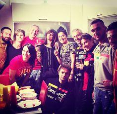#friendshipgoals #friends #inlove #cena #pappabuona #giallorossi #forzabenevento #max #maria #maurizio #francesca #tonia #alessandra #domenicos #antonio #samantha #costantino #felice #siamobeneventani #�� http://misstagram.com/ipost/1616243961927367439/?code=BZuDVH1DPsP