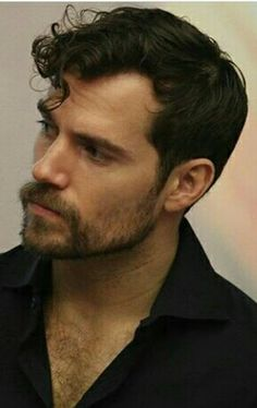 Henry Cavill you would never ever have a hard time finding a woman to go anywhete with you wow The Tudors, Charles Brandon, Batman Vs Superman, Clark Kent, Henry Cavill Justice League, Love Henry, Henry Williams, Actor Studio, Gentleman