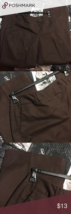 Worthington brown pant Gently used, size 8, modern fit, brown pant Worthington Pants