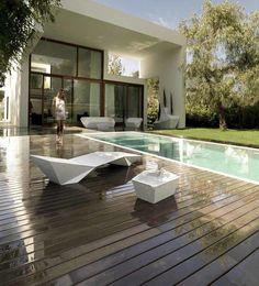 Tumbona de diseño Faz - Vondom - Tumbonas Piscina - Muebles De Jardín