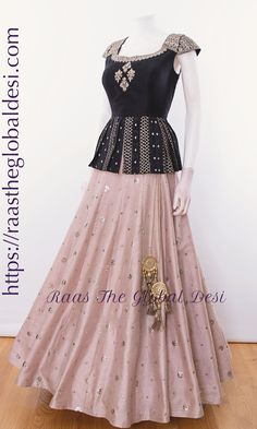 CHANIYA CHOLI 2019 Latest designer & custom-made Lehenga Choli online online.Browse our beautiful designer collection -featuring unique designs & embroidery! Available now in the USA, Canada & Australia! Indian Gowns Dresses, Indian Fashion Dresses, Indian Designer Outfits, Designer Dresses, Indian Outfits, Indian Clothes, Indian Designers, Pakistani Dresses, Designer Wear