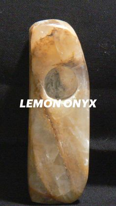 Smoking Effects, Grunge Photography, Smoking Accessories, Rock Music, Music Artists, Quartz Crystal, Lemon, Herbs, Crystals