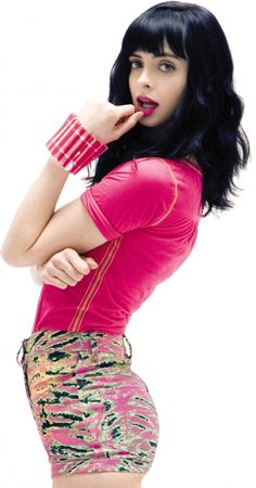 I freakin LOVE Krysten Ritter. She's super funny (Don't Trust the B*tch in Apartment 23) and she is a great dramatic actress. I was sad when she got killed off Breaking Bad.