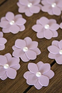 10 Handmade Paper Flowers in Light Purple by Summertimedesign