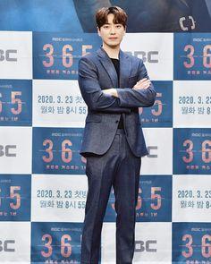 Joon Hyuk, Lee Joon, Korean Drama Movies, Korean Actors, Mac, My Teddy Bear, Gong Yoo, Handsome, Poses