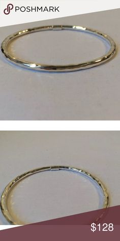 "IPPOLITA GLAMAZON STERLING SILVER HAMMERED BANGLE Designer: Ippolita * Condition: New (pre-owned never was used) * Opening Dimensions: Approximately 2 1/5"" x 2 7/8""  ***Measures 3mm     inside diameter 2.6""     size 2 * plain bangles * Metal Type: Sterling Silver * Metal Purity: .925 Ippolita Jewelry Bracelets"