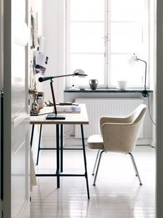 Perferct workspace in Åsa Stenerhag's creative and eclectic Stockholm apartment, via http://www.scandinavianlovesong.com/