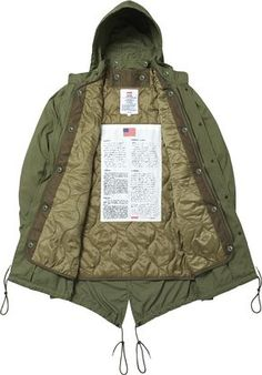 Supreme Fishtail Parka. Military spec. Removable quilted liner and hood.  USA. Cappotto e0f0b1640ee4