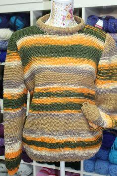 Otro proyecto más de otra de nuestras alumnas. Un chulísimo jersey que está haciendo Ana Mari. Para los que piensan que la lana es aburrida, aquí tenéis un ejemplo de que no lo es. Siempre os decimos que la imaginación es el único límite que hay en este tipo de proyectos. Un buen número de colores combinados, una prenda muy alegre y con las ventajas que tiene siempre la lana: absorción de la humedad, conducción del calor, resistencia y elasticidad, etc