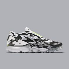 Official ACRONYM x Nike Vapormax Moc 2 images surfaced! #nike #nikeair #vapormax #nikevapormax #follow4follow #TagsForLikes #photooftheday #fashion #style #stylish #ootd #outfitoftheday #lookoftheday #fashiongram #shoes #kicks #sneakerheads #solecollector #soleonfire #nicekicks