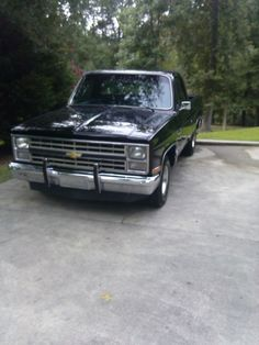 1984 Chevy Truck - LMC Trucklife
