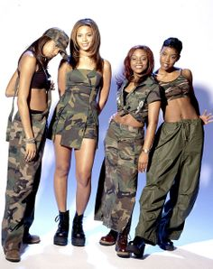 power to ebony 2000s Fashion Trends, Early 2000s Fashion, Black 90s Fashion, Looks Hip Hop, Divas, Beyonce Style, Destiny's Child, 90s Outfit, Black Girl Aesthetic