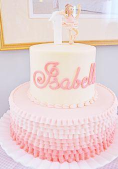 Girls First Birthday #AML #firstbirthday #birthdaycake #ballerina #pinkparty #Rufflecake