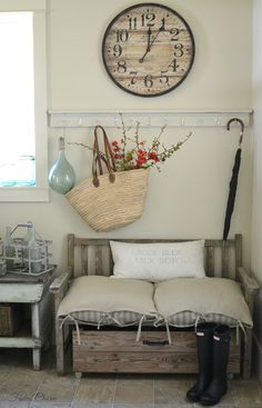 Awesome entry space. Love the color use. For a sweet cottage, guest house, or my future farmhouse