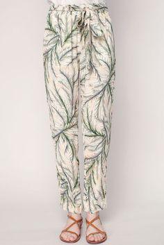 6382b1adf28 Pantalon fluide beige imprimé végétal à taille élastiquée Sophia 2