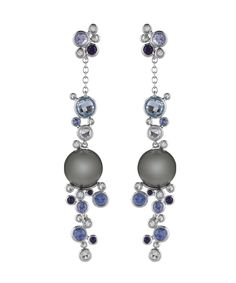 Pendientes Bubbles de Damiani en oro blanco con perlas de Tahití, zafiros azules y diamantes