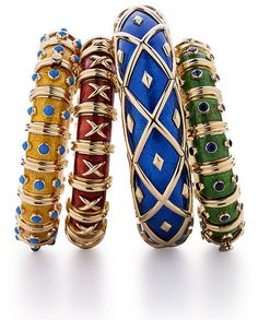 Love these jean schlumberger enamel bracelets for Tiffany & Co. Jackie Kennedy, Handbags Michael Kors, Coach Handbags, Stylish Men, Stylish Outfits, Kids Fashion, Womens Fashion, Christian Louboutin Shoes, Fashion Lookbook