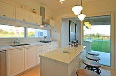Mirá imágenes de diseños de Cocinas estilo Clásico}: cocina. Encontrá las mejores fotos para inspirarte y creá tu hogar perfecto.
