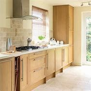Some people think that the kitchen is important.Especially for those who love to cook will try their best to make the kitchen area comfortable. Today in this article, we will show you 15 inspiration of simple kitchen. Kitchen Cabinets On A Budget, Refacing Kitchen Cabinets, Kitchen Cabinet Colors, Kitchen Tiles, Cabinet Refacing, Oak Cabinets, Maple Kitchen, New Kitchen, Shaker Kitchen