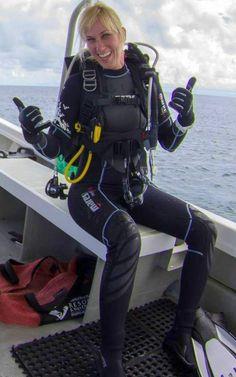 David Beckham Suit, Mermaid Cove, Ninja Zx6r, Scuba Diving Gear, Womens Wetsuit, Snorkeling, Surfing, Suits, Pictures