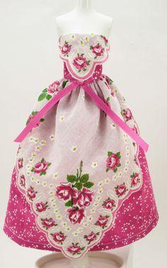 簡単にできちゃう!第3弾 ハンカチがドレスに変身 素敵なギフトカードの作り方