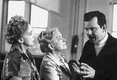 Lillian Gish & Helen Hayes ~ Arsenic & Old Lace (1969) Bob Crane & Fred Gwynne by classicsondvd