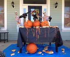 Baxter Skeletons: These Wicked Clever Halloween Decorations Are A Must See! Halloween Outside, Adult Halloween Party, Halloween Porch, Outdoor Halloween, Holidays Halloween, Halloween Office, Halloween Tricks, Halloween Goodies, Halloween Town