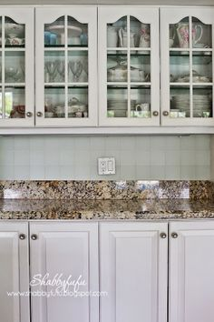 I have the same exact kitchen cabinets :)