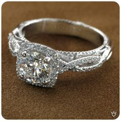 """This the only chance where she gonna say """"Yes"""".... VERRAGIO at Walsons and Co. #ring #engagement #bridal #wedding #usa #jewelry #love #care #relation"""