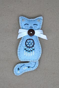 March kitten brooch by Ailinn-Lein.deviantart.com on @DeviantArt
