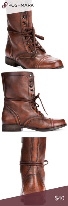 Steve Madden Chestnut Combat Boots BARELY worn. Will not come with shoe box. Cute pair of boots to wear in the fall and winter months. Runs true to size Steve Madden Shoes Ankle Boots & Booties