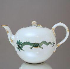 Meissen: Teekanne reicher grüner Hofdrache, goldgeschuppt, Grün, Pfeifferzeit, tea pot, chinese dragon, green, gold