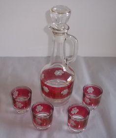 Vintage Liquor Decanter Burgundy Clear Gold Trim 4 Cordial Glasses