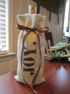make a burlap wine bag