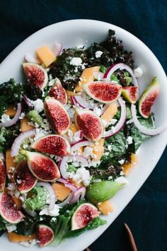 Looking for a delicious and healthy lunch? We recommend trying this recipe for Fig and Melon Salad with Creamy Lemon Vinaigrette! I Love Food, Good Food, Yummy Food, Tasty, Vegetarian Recipes, Cooking Recipes, Healthy Recipes, Fig Recipes, Yummy Recipes