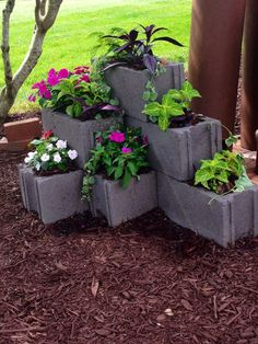 Wicked DIY Projects: 50 Ideas Cinder Block https://decoratoo.com/2017/04/20/diy-projects-50-ideas-cinder-block/ Stone pits are simple to develop and are comparatively less costly. Be certain you are permitted to create a fire pit by the local homeowners association