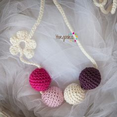Breastfeeding necklace