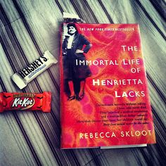 Day 3 - Reading while eating // Quirky Bookworm