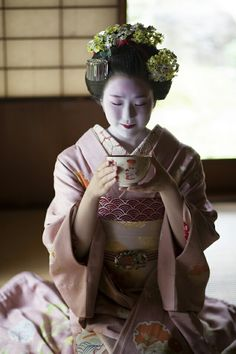 Tea Japan girl