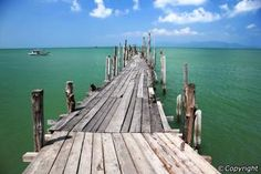 fisherman market koh samui - Thailand,they have a lot of jettys and piers that are as rickety as this one
