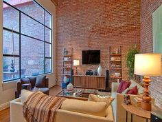 Un Faro de Ideas: ESPACIOSO LOFT EN SAN FRANCISCO
