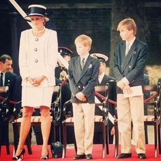 #PrincessDiana #princewilliam #princeharry