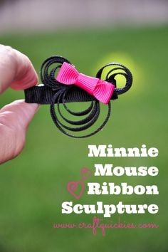 Make a simple Minnie Mouse Ribbon Sculpture in a flash for yourself or your little lady.