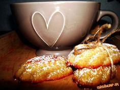Jablkovo zázvorové madlenky Russian Recipes, Ale, Muffin, Polish, Breakfast, Christmas, Food, Morning Coffee, Xmas