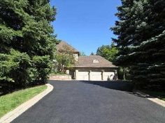 1 Hyde Park Circ, Toronto C12, ON M3B3M7. 4 bed, 7 bath, $4,988,000. Large lot in a cul d...